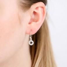 Cut out single star drop earring