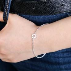 Cut out single star bracelet